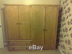 Buckingham Handwaxed 4 Door 2 Drawer Ex Large Wardrobe Full Hanging Half Side