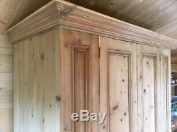 Farmhouse rustic large double door solid pine wooden wardrobe with 4 drawers