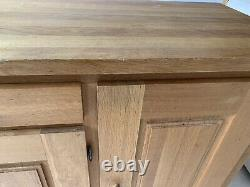Large Oiled oak sideboard D=540, H=890, W=1600. 1 drawer, 3 door. Cost £500+