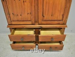 Large Pine 2 Door Wardrobe with 4 Drawers Ideal Shabby Chic Delivery Available