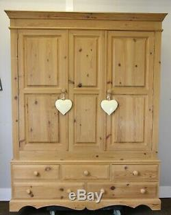 Large Quality Solid Pine Waxed Triple Door 5ft Wardrobe With Five Drawers