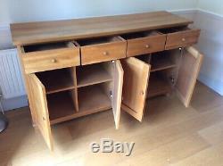 Large Solid Oak Sideboard -4 Door, 4 Drawer