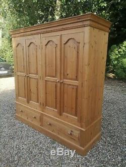 Large Solid Pine 4 Door Wardrobe With 2 Drawers FREE DELIVERY