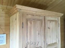Rustic solid stripped pine double wardrobe with drawer large 2 door wardrobe