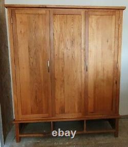 Solid Oak 2 Door 3 Drawer Large Wardrobe