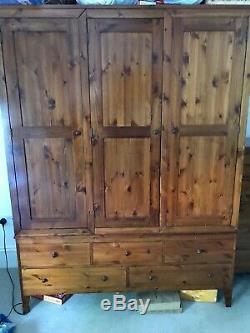 Warren Evans Wardrobe, solid wood, large hanging space, 3 doors and 5 drawers